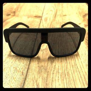 Other - Big black framed sunglasses